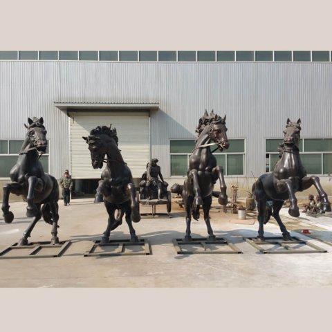 apollo-horse-statue