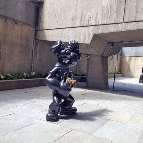 black-popeye-statue
