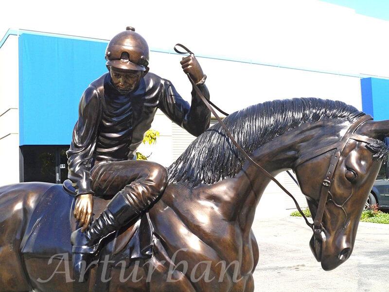 race horse statue