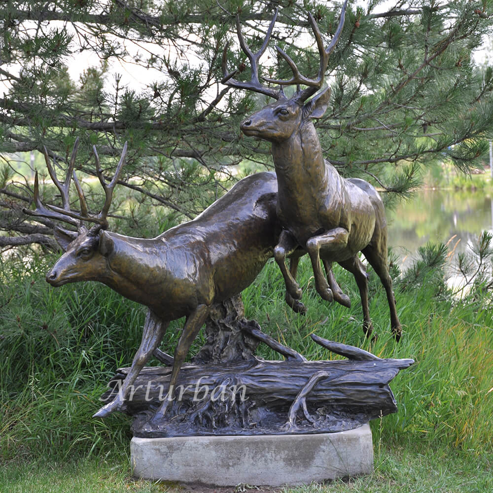 Life Size Deer Lawn Ornaments For