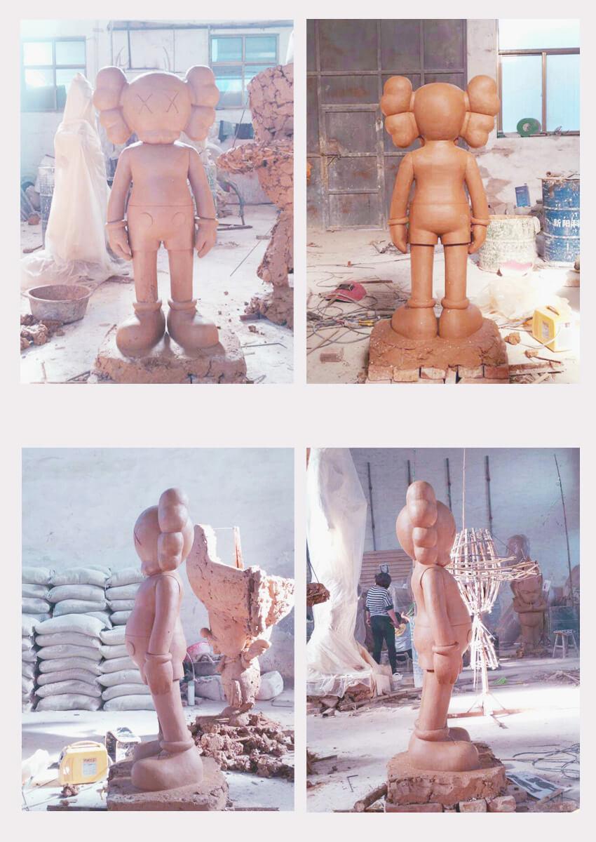 kaws statue
