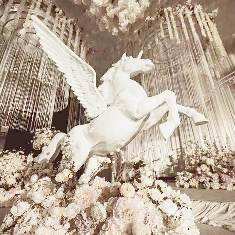 pegasus garden statue