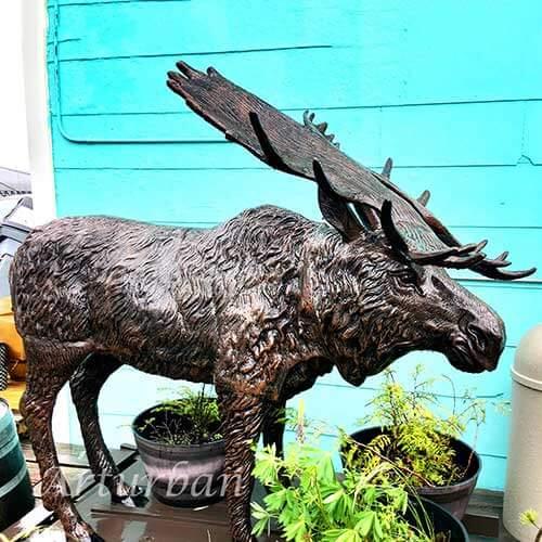Moose Lawn Statue
