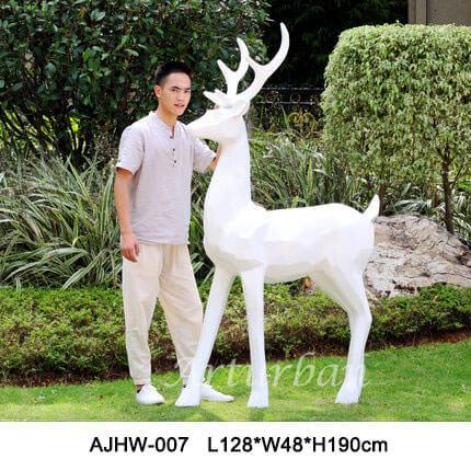 garden deer statue