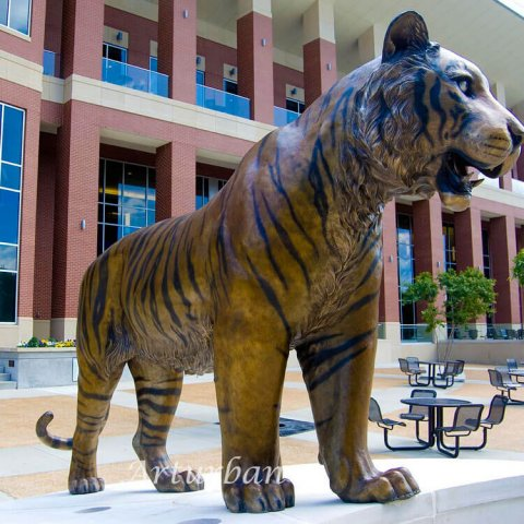 large tiger statue