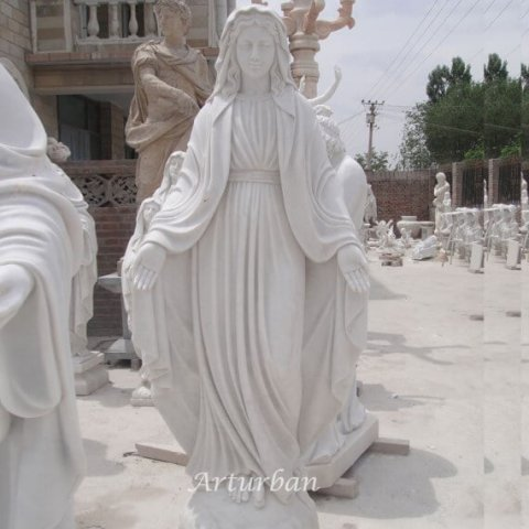 mother mary statue
