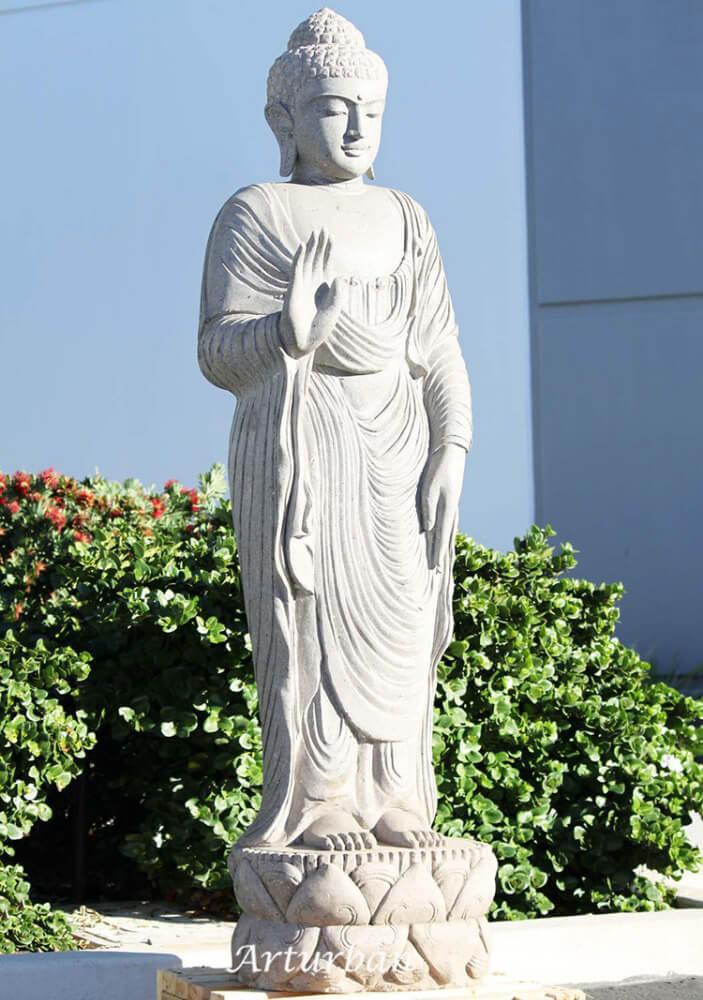 abhaya mudra buddha statue