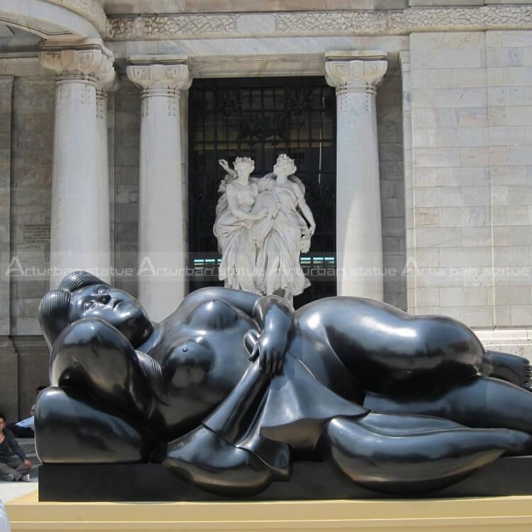 botero sculpture reproduction