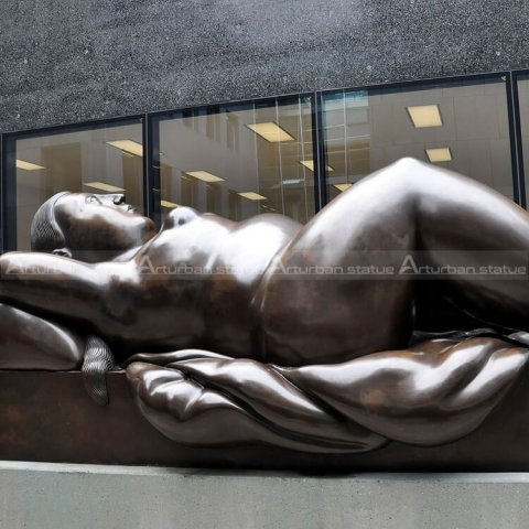 bronze botero sculpture