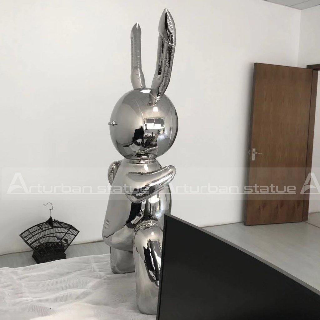 balloon rabbit sculpture