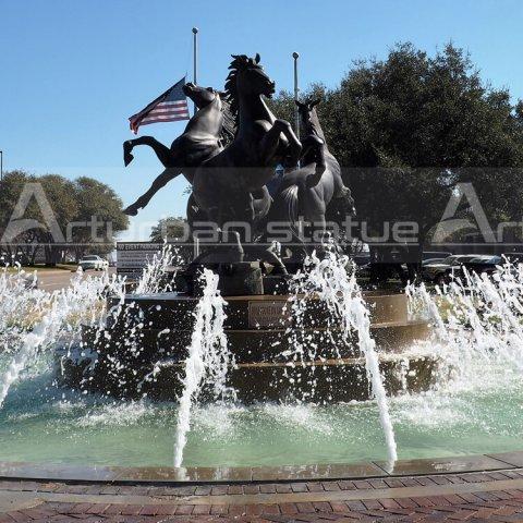 life size horse fountain