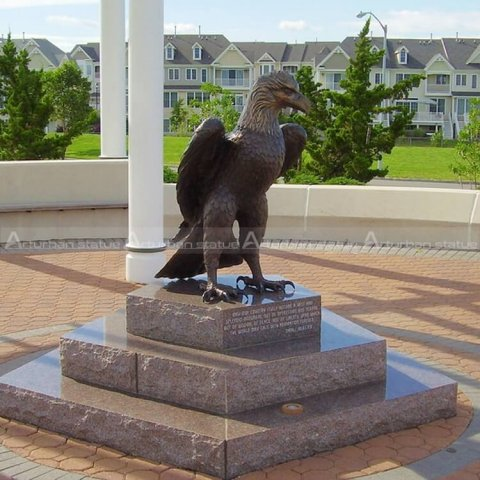 bronze bald eagle statue