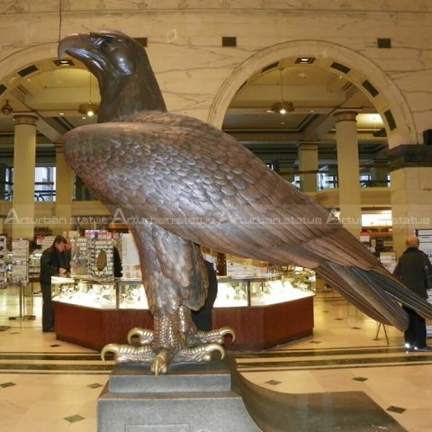 eagle metal sculpture