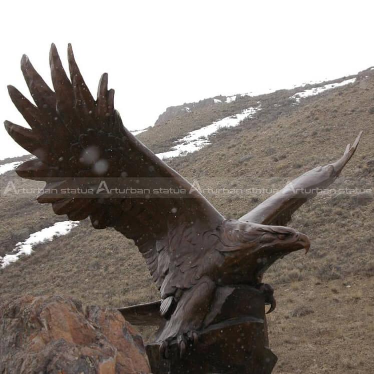 life size eagle statue