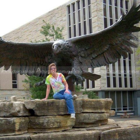 large bald eagle statue