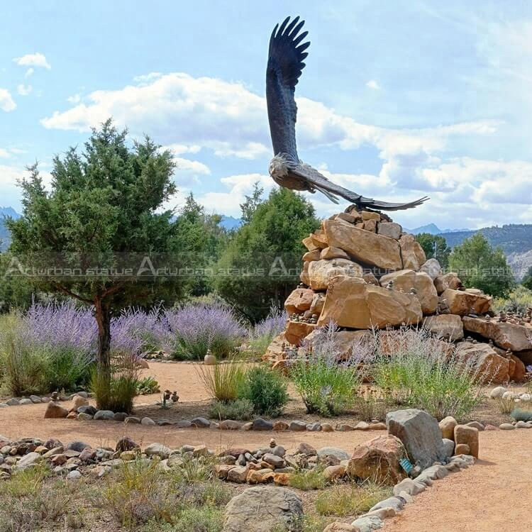 eagle sculpture for garden