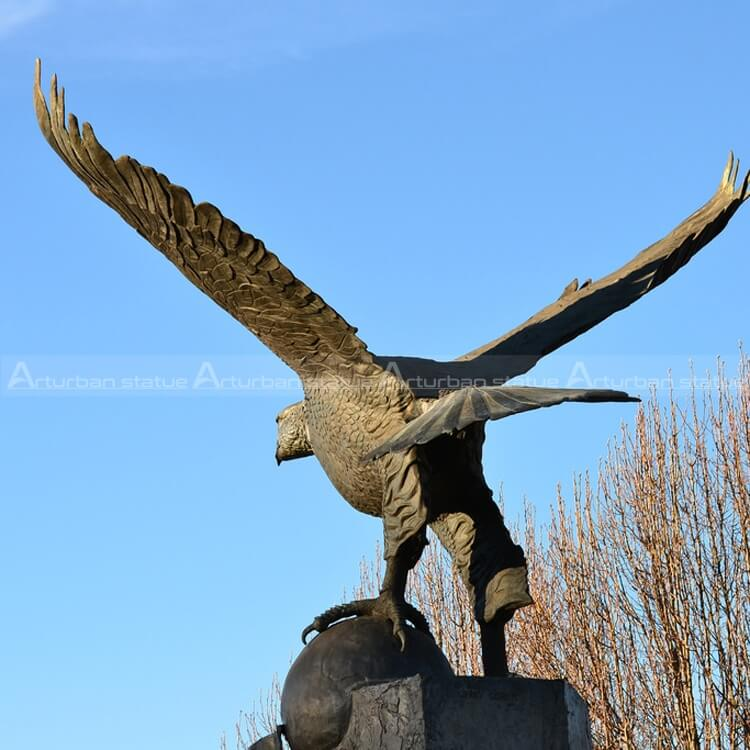 eagle outdoor statue