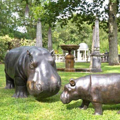 big hippo statue