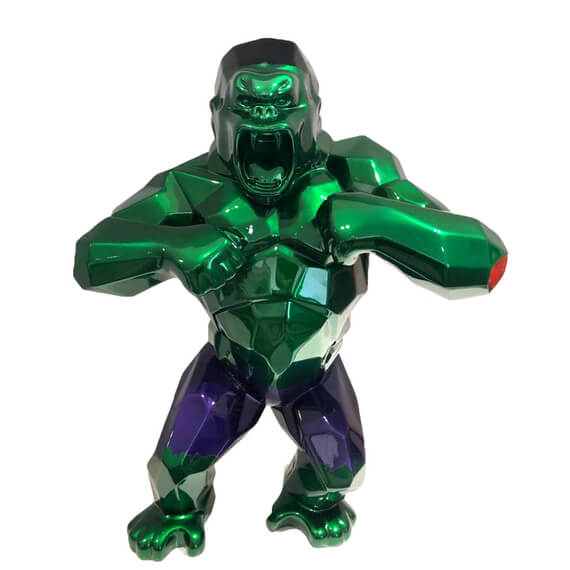 hulk king kong statue