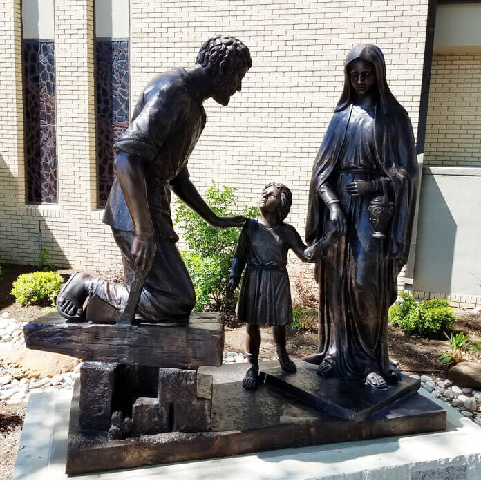 mary jesus and joseph statue