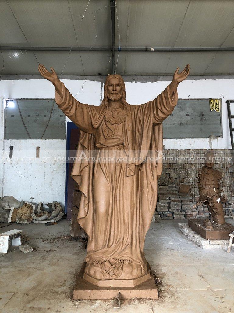 Outdoor jesus statue