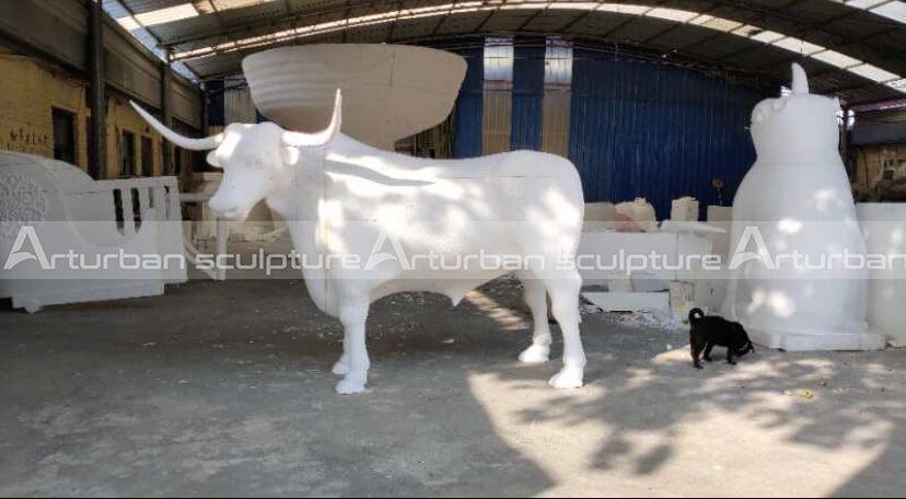 foam model of longhorn statue